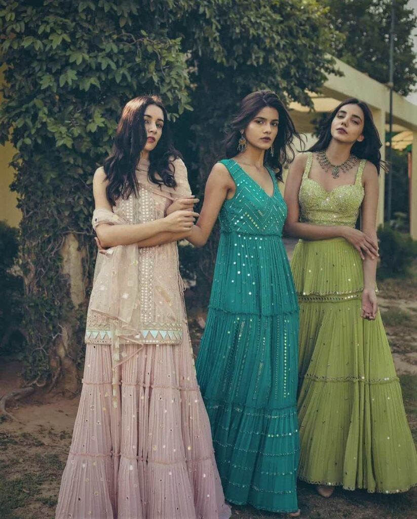 mehendi outfit for bridesmaids