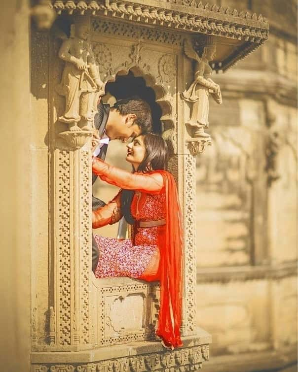 pre wedding photoshoot in saree ideas